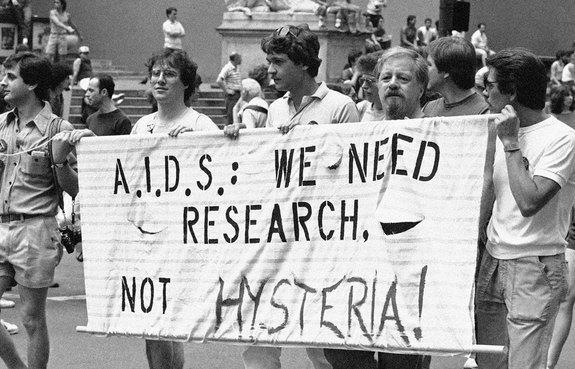 conspiracy-aids